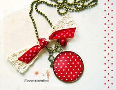 Sautoir ° Pois rouge et blanc ° dentelle clé collier rétro