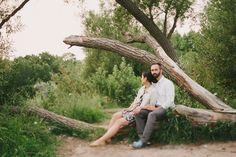 Relaxed and laid back engagement photos by Toronto photographer Daring Wanderer