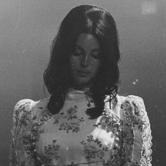 """324 Likes, 3 Comments - ⠀⠀⠀⠀⠀⠀⠀⠀⠀ ⠀⠀⠀⠀⠀ lana del rey (@sleepingwithlana) on Instagram: """"for some reason i can't keep 15.3k maybe my acc sucks? it's fine tho #lanadelrey"""""""