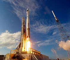 Suburban spaceman: ULA Atlas 5 Rocket Launches SBIRS GEO-2 Satellite
