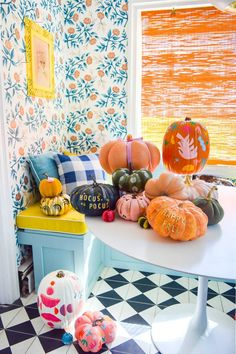 5 Colorful Pumpkin Painting Ideas • PMQ for two - #pumpkinpaintingideascreative - 5 Colorful Pumpkin Painting Ideas that will bust you out of your creative rut, and have all your friends asking where you got such cool pumpkins this year.... Pumpkin Colors, Pumpkin Art, Pumpkin Crafts, Halloween Pumpkin Designs, Fun Halloween Crafts, Foam Pumpkins, Painted Pumpkins, Pumpkin Painting Party, No Carve Pumpkin Decorating