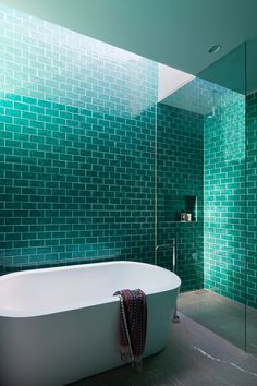See the finalists of the 2016 Australian Interior Design Awards residential design category. Turquoise Bathroom Decor, Turquoise Room, Turquoise Tile, Bathroom Interior, Modern Bathroom, Small Bathroom, Bathroom Green, Bathroom Bath, Minimalist Bathroom