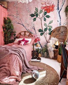 bohemian bedrooms Bohemian Bedroom Decor And Bedding Design Ideas - Bohemian Bedroom Decor And Bedding Design Idea Bohemian Bedrooms, Bohemian Decor, Vintage Bohemian, Bohemian Bedding, Bohemian Apartment, Boho Chic, Bohemian Style Rooms, Bohemian House, Bohemian Gypsy