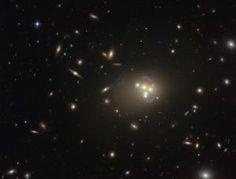 MATERIA OSCURA | ASTROFÍSICA » Materia oscura más repelente que nunca La misteriosa sustancia que compone el 25% del universo se rechaza a sí misma tras un choque de galaxias, según un estudio   http://elpais.com/elpais/2015/04/14/ciencia/1429029901_726626.html