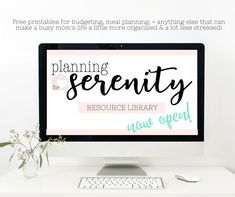TONS of AWESOME Printables to get you organized!!! #momlife #printables #planningforserenity
