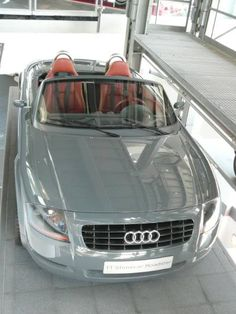 Web dedicated to the Audi TT, especially the first generation model. Audi Specials, Audi Tt 225, Nimbus Gray, Audi Tt Roadster, Volkswagen Group, Lady Diana, Convertible, Automobile, Motorcycles