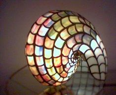 lámpara nautilus tiffany  cristral tiffany,estaño,cobre tiffany,vitraux