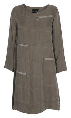 BITTE KAI RAND / Shop / New Arrivals / sliced dress