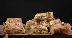 Leek pie by Greek chef Akis Petretzikis. A wonderfully tasty, aromatic pie made with caramelized leeks, onions, herbs and lemon zest in country phyllo dough! Cheese Pie Recipe, Cheese Pies, Greek Recipes, Pie Recipes, Savoury Recipes, Leek Pie, Mediterranean Breakfast, Turnover Recipes, Phyllo Dough