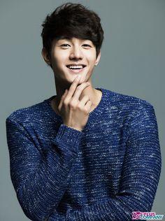 """Lee Ki Woo. """"Boy Flower Ramyun Shop"""" or """"Eun Y Sus Tres Chicos"""""""