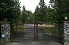 Entry electric gate #ElectricGates