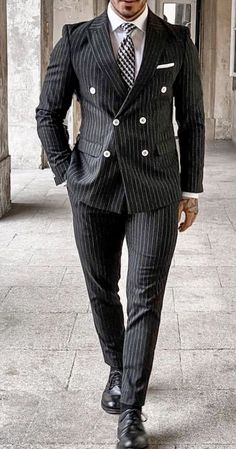 Double Breasted Pinstripe Suit, Grey Pinstripe Suit, Bespoke Suit, Bespoke Tailoring, Mens Style Guide, Style Men, Formal Men Outfit, Dapper Men, Mens Fashion