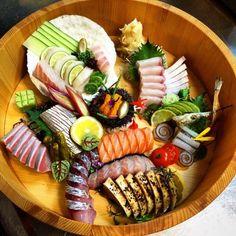 Omakase Sashimi. ✅ By - @chefantoniopark ✅  #ChefsOfInstagram #CHEFSOFQuebecCanada