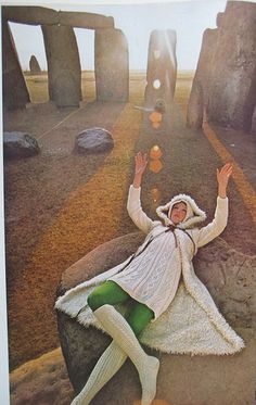 Norman Parkinson photoshoot at Stonehenge http://www.nomad-chic.com