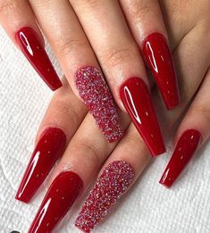 Most Beautiful and Attractive Red Christmas Nails 2019 : Cute red Christmas coffin acrylic nails long with an accent glitter nail! Red Acrylic Nails, Red Nail Art, Red Nail Polish, Red Nails With Glitter, Red Art, Pink Nail, Cute Red Nails, Red Ombre Nails, Pastel Nails