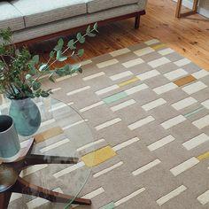 Scion Blok Rugs 24101 Dandelion buy online from the rug seller uk Contemporary Rugs, Modern Rugs, Botanical Interior, Brown Carpet, Cheap Carpet Runners, Modern Carpet, Carpet Colors, Traditional Rugs, Cool Rugs