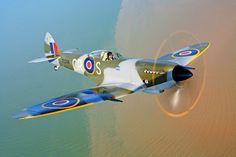 Supermarine Spitfire LF Mk XVIe - G-OXVI TD248
