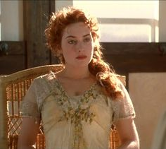 Another Titanic screenshot.  I love what she's wearing here so much.  I wish I could see a full-body shot of it.