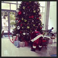 """""""I CANT WAIT FOR SANTA! GOOD THING HE'S IN THE SAC TODAY!!!"""" -Megan #patience #watchandwait"""