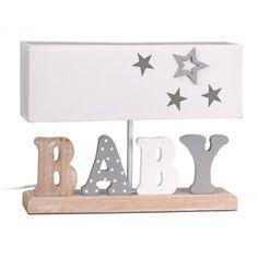 Iluminación para habitación infantil. Lámpara de mesa infantil modelo Baby, con estructura de madera con la palabra BABY y pantalla de tejido color blanca con estrellas grises: Medidas : 12x35x27cm Color: Gris/Blanco