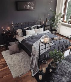 7 bohemian interior design ideas that you are going to love! These design ideas are going to elevate your decor and are the perfect inspiration for your Fall ho Bohemian Interior Design, Home Interior Design, Bedroom Inspo, Home Decor Bedroom, Warm Bedroom, Bedroom Colors, Charcoal Bedroom, Black Bedroom Decor, Dark Gray Bedroom