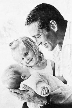 Una muy hermosa de Paul Newman con su descendencia