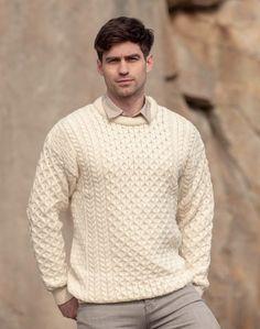 big mesh ribs Irish men/'s sweater winter sports look. chimney collar twists