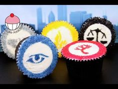 Divergent Cupcakes PLUS How to Make a DIY Cupcake Stencil! Learn how to make these delicious treats, and heaps more at Mycupcakeaddiction! Divergent Birthday, Divergent Party, Divergent Factions, Divergent Series, Cupcake Icing, Frosting, Cupcake Cakes, Diy Cupcake, 14th Birthday