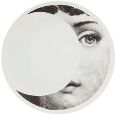 Fornasetti Plate (2,620 MXN) ❤ liked on Polyvore featuring home, home decor, wall art, fillers, art, circles, white, decor, backgrounds and circular