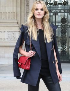Navy and black, casual but formal look, with a red touch of colour. Love it!