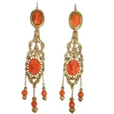 Georgian coral cameo chandelier dangle earrings 18kt red gold (ca.1830)