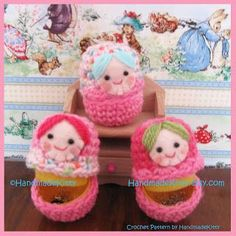 HandmadeKitty: Free Matryoshka Russian Doll Cases Crochet Pattern by HandmadeKitty