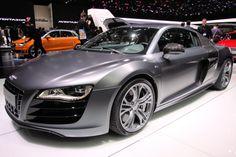 OH MY GOD! Audi V8 R10  I fall in love...