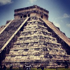 Chichen Itza - Mexico Chichen Itza Mexico, Tattoo Ideas, Holidays, Building, Places, Travel, Style, Swag, Holidays Events