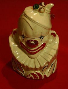 1945 - 1947 Vintage McCoy Clown Cookie Jar