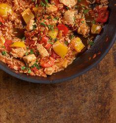 Rezept für Paprika-Puten-Reis bei Essen und Trinken. Ein Rezept für 2 Personen. Und weitere Rezepte in den Kategorien Geflügel, Gemüse, Gewürze, Reis, Hauptspeise, Braten, Kochen, Einfach, Schnell.