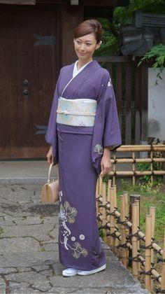 Japanese Costume, Japanese Kimono, Japanese Geisha, Beautiful Japanese Girl, Japanese Beauty, Japanese Outfits, Japanese Fashion, Traditional Fashion, Traditional Outfits
