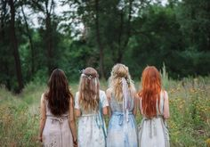 Diana Barry, Ruby Gillis, Josie Pye and Anne Shirley Story Inspiration, Writing Inspiration, Character Inspiration, Anne Shirley, Diana Barry, Summer Dress, Foto Blog, Princess Aesthetic, Fairy Tales