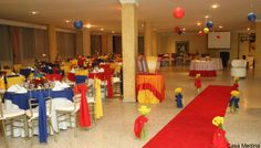 Decoración de  fiesta temática colombiana. #FiestaTematicaColombiana 70th Birthday Parties, Themed Parties, Party Themes, Party Ideas, Ecuador, Flowers, Grown Up Parties, Caribbean, Theme Parties