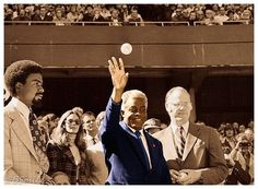 Robinson, pictured here with commissioner Bowie Kuhn, threw out the ceremonial first pitch prior to Game 2 of the World Series on Oct. 1972 -- the anniversary of his major league debut. Dodgers, I Love La, Jackie Robinson, World Series, 25th Anniversary, Major League, Check It Out, Pitch, Mlb