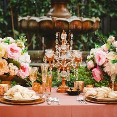 A glamorous boho garden wedding inspiration with gilded details, pastel flowers, metallic decor and watercolor highlights!