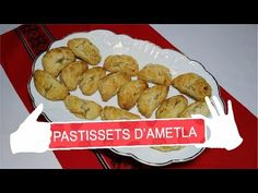 PASTISSETS D'AMETLA, pastelitos de almendra típicos navideños - YouTube Empanadas, Muffin, Breakfast, Youtube, Food, Almond Cupcakes, Pastries, Food Recipes, Cook