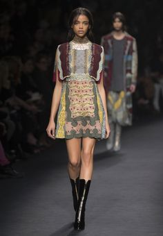 Valentino Official Website - Discover the Valentino Women From The Catwalk Collection. Watch the Fashion Show, Accessories and much more.