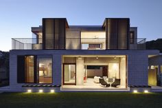 Block House by Porebski Architects