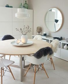 Scandinavian Dining Room Design: Ideas & Inspiration - Di Home Design Scandinavian Living, Scandinavian Interior, Dining Room Design, Dining Area, Small Dining, Dining Rooms, Dining Chairs, Interior Design Living Room, Living Room Decor