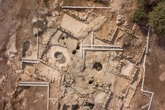 Byzantine monastic complex unearthed in Israel. Aerial photo of remains that archaeologists believe were a Byzantine monastery found near Beit Shemesh [Credit: Griffin Aerial Photography Company/Israel Antiquities Authority]