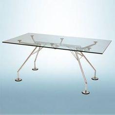Tables Nomos – Norman Foster, ode à la structure de la table ; IDÉOLOGIE DE LA TECHNIQUE