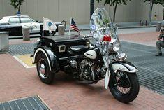 NY- Amityville Police Harley Servi-car