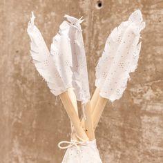 paquete de plumas de indio para poner en el tipi