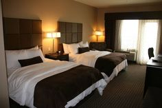 Get the best value for your money and make the most of your Okanagan vacation with the Best Western Plus Wine Country. Country Hotel, Queen Bedroom, Ergonomic Chair, Hotel Suites, Best Western, Wine Country, Queen Size, Decorating Ideas, Furniture